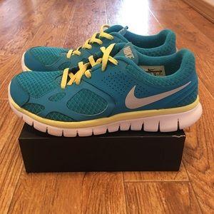Nike Flex Rn 2012 Womens Running Shoes Size 7